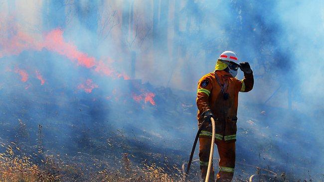 987314-fires-in-tasmania