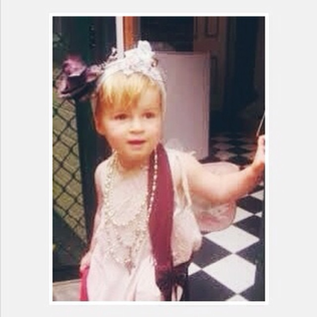 Hello Fabulous Daisy. Some days she gets into her dress up box but  I miss all those days when we would invent characters and play dress ups for hours. #flashbackfriday #daisy #family #thedaysarelongtheyearsareshort