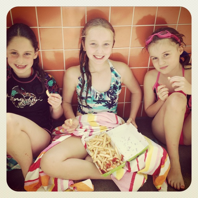 Sweltering Friday in Sydney but relief at the local pool after school and of course hot chips and sauce with @emma_2044  and @__becky__bbrreen  #innerwest #friends #daisy