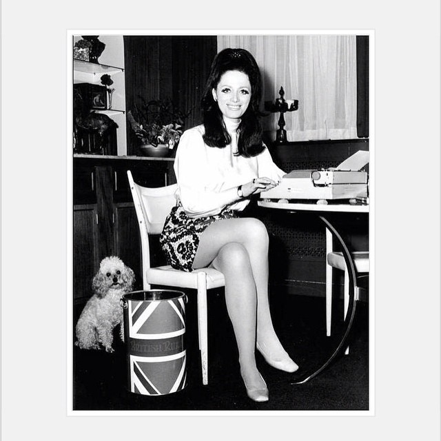 Jackie Collins 1968 Love her hair and poodle. #jackiecollins #glam #writer #weekendinspiration